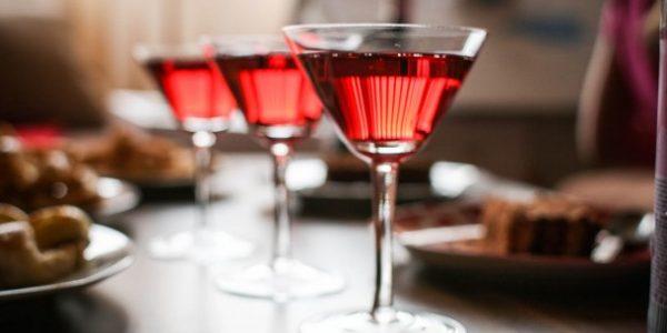 Skrzynka na wino – zapakuj prezent